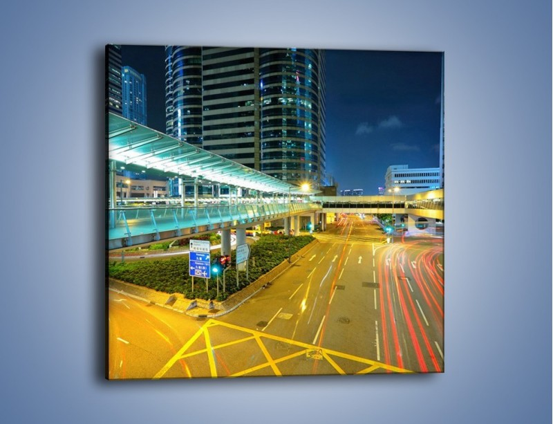 Obraz na płótnie – Droga na lotnisko w Japonii – jednoczęściowy kwadratowy AM088