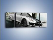 Obraz na płótnie – Driftujący Nissan GTR – trzyczęściowy TM007W5