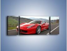 Obraz na płótnie – Czerwone Ferrari 458 Italia – trzyczęściowy TM194W5