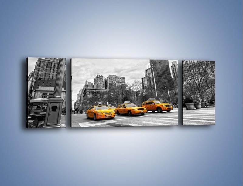 Obraz na płótnie – Żółte taksówki na szarym tle miasta – trzyczęściowy TM225W5
