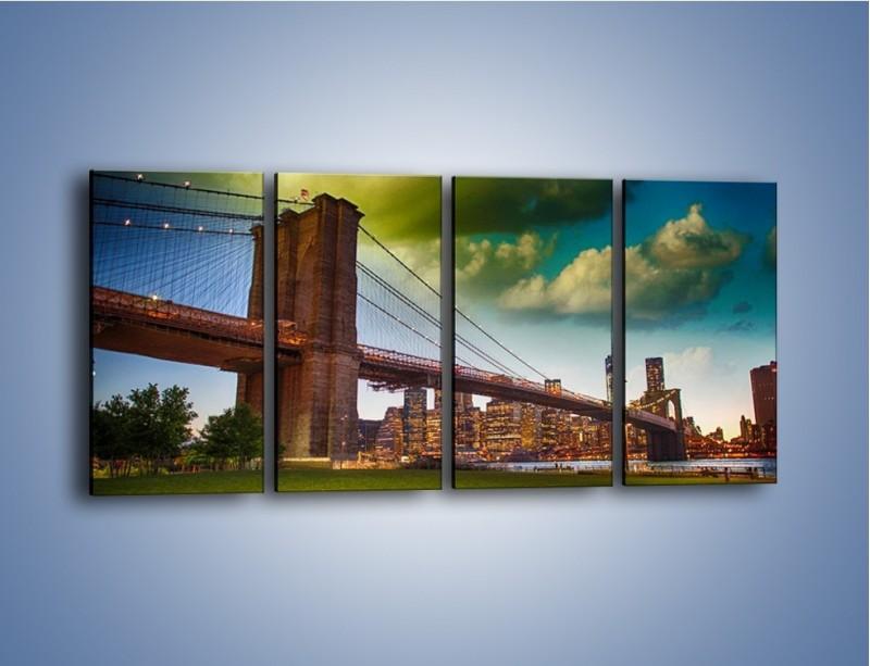 Obraz na płótnie – Most Brookliński pod pochmurnym niebem – czteroczęściowy AM752W1
