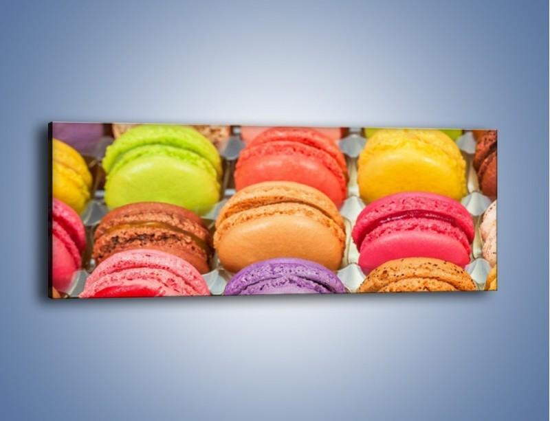 Obraz na płótnie – Słodkie babeczki w kolorach tęczy – jednoczęściowy panoramiczny JN458