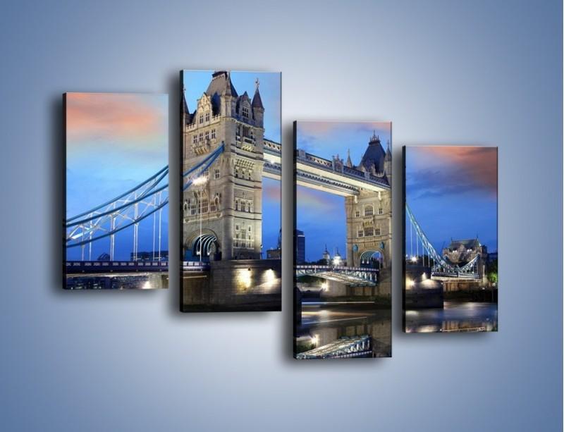 Obraz na płótnie – Tower Bridge w odbiciu wody – czteroczęściowy AM083W2
