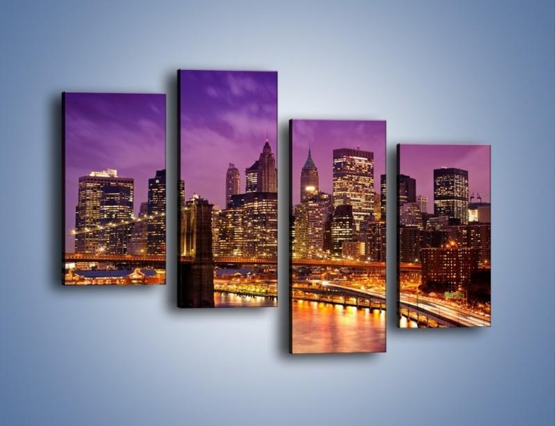 Obraz na płótnie – Nowy York pod fioletowym niebem – czteroczęściowy AM434W2