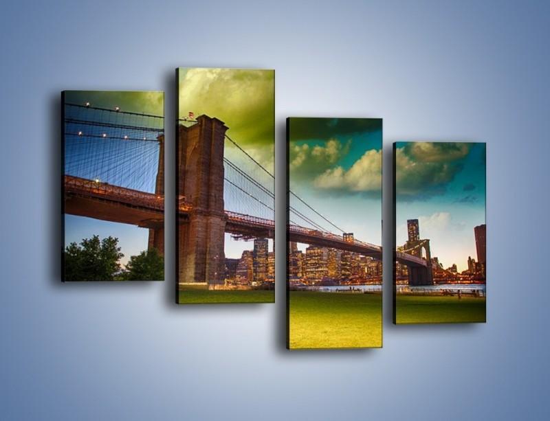 Obraz na płótnie – Most Brookliński pod pochmurnym niebem – czteroczęściowy AM752W2