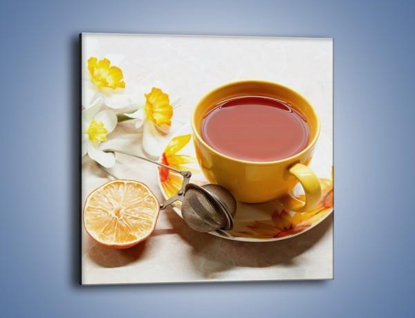 Obraz na płótnie – Herbata wśród żonkili – jednoczęściowy kwadratowy JN288