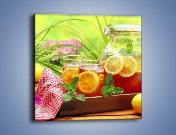 Obraz na płótnie – Mrożona herbata wśród kwiatów – jednoczęściowy kwadratowy JN292