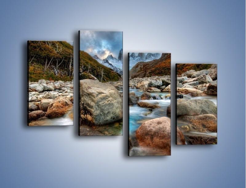 Obraz na płótnie – Niebezpieczny spacer po mokrych kamieniach – czteroczęściowy KN810W2