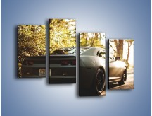 Obraz na płótnie – Chevrolet Camaro w matowym kolorze – czteroczęściowy TM132W2