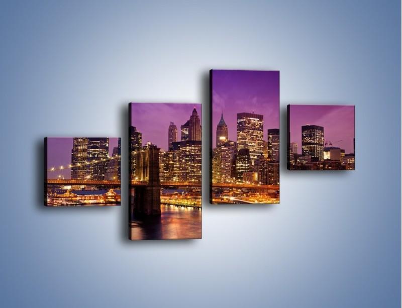 Obraz na płótnie – Nowy York pod fioletowym niebem – czteroczęściowy AM434W3