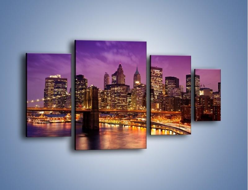 Obraz na płótnie – Nowy York pod fioletowym niebem – czteroczęściowy AM434W4