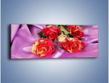 Obraz na płótnie – Błogi odpoczynek z różą – jednoczęściowy panoramiczny K251