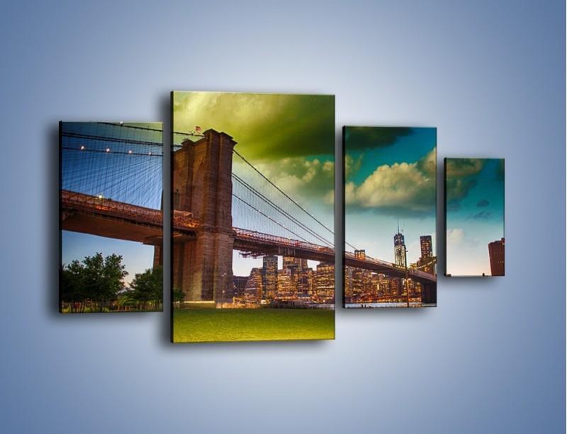 Obraz na płótnie – Most Brookliński pod pochmurnym niebem – czteroczęściowy AM752W4