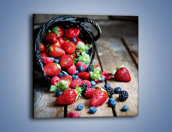 Obraz na płótnie – Kosz pełen owoców leśnych – jednoczęściowy kwadratowy JN506