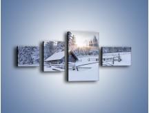 Obraz na płótnie – Chatka zatopiona w śniegu – czteroczęściowy KN696W5