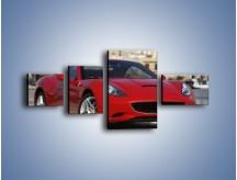 Obraz na płótnie – Czerwone Ferrari California – czteroczęściowy TM057W5