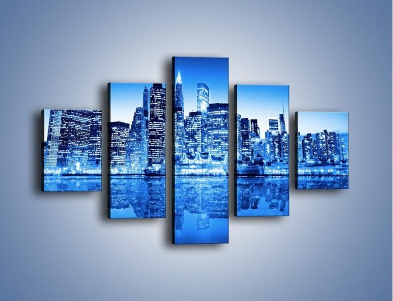 Obraz na płótnie – Odbicie miasta w tafli wody – pięcioczęściowy AM004W1