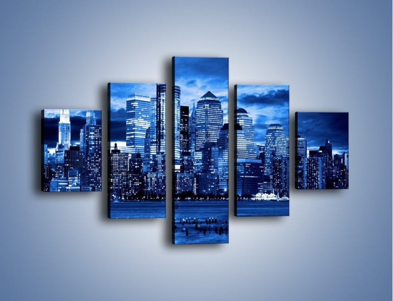 Obraz na płótnie – Wieżowce w odcieniach niebieskiego – pięcioczęściowy AM017W1