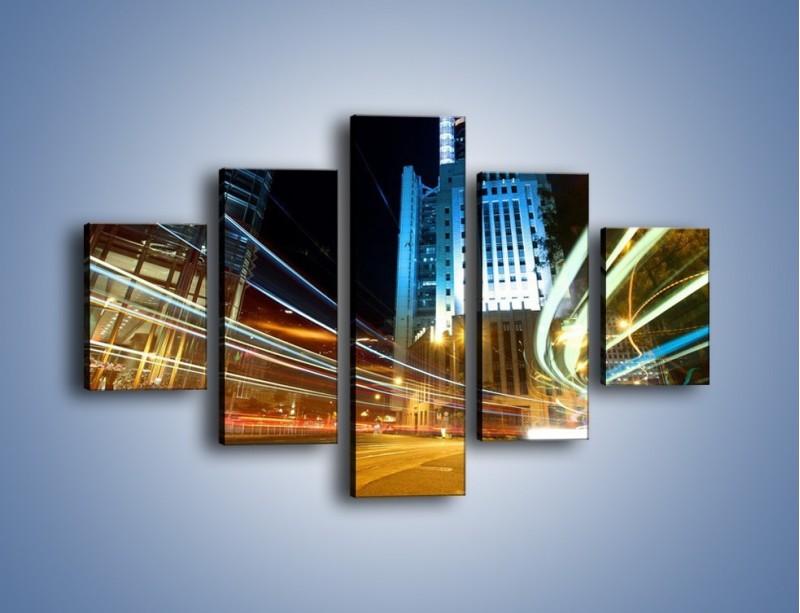 Obraz na płótnie – Światła w ruchu ulicznym – pięcioczęściowy AM048W1