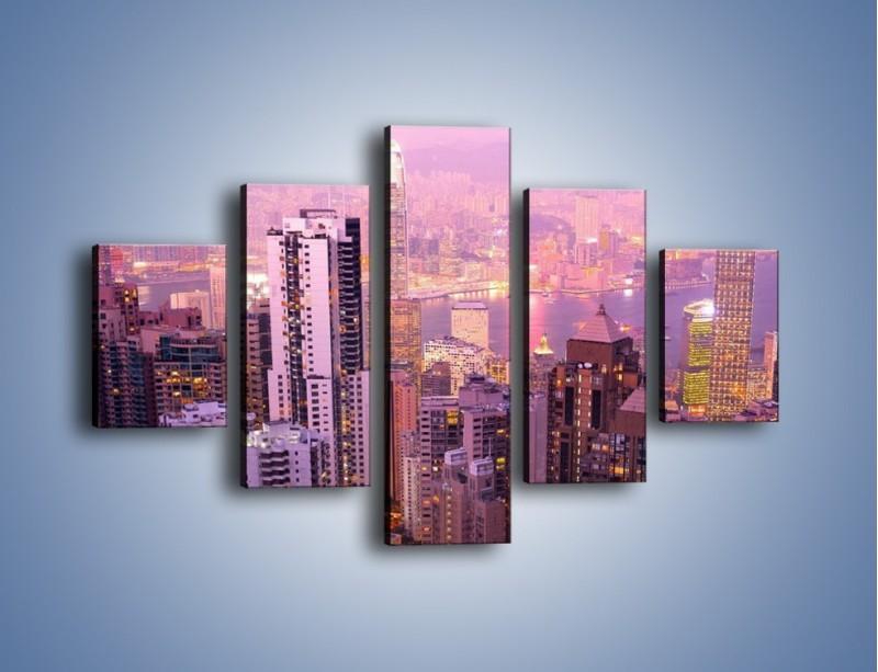 Obraz na płótnie – Duże miasto budzące się o poranku do życia – pięcioczęściowy AM062W1