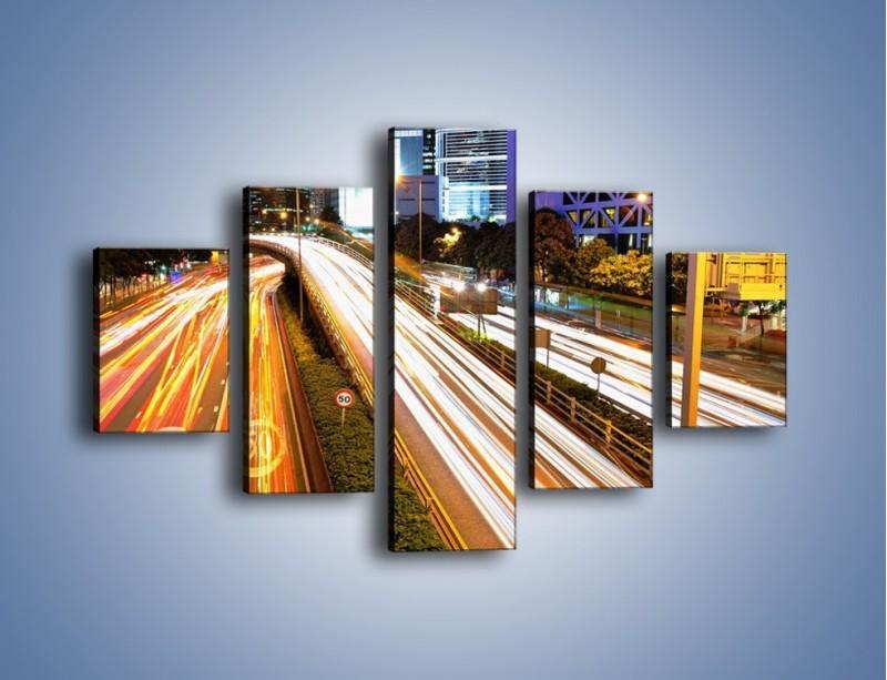 Obraz na płótnie – Ulice w ruchu w mieście – pięcioczęściowy AM089W1