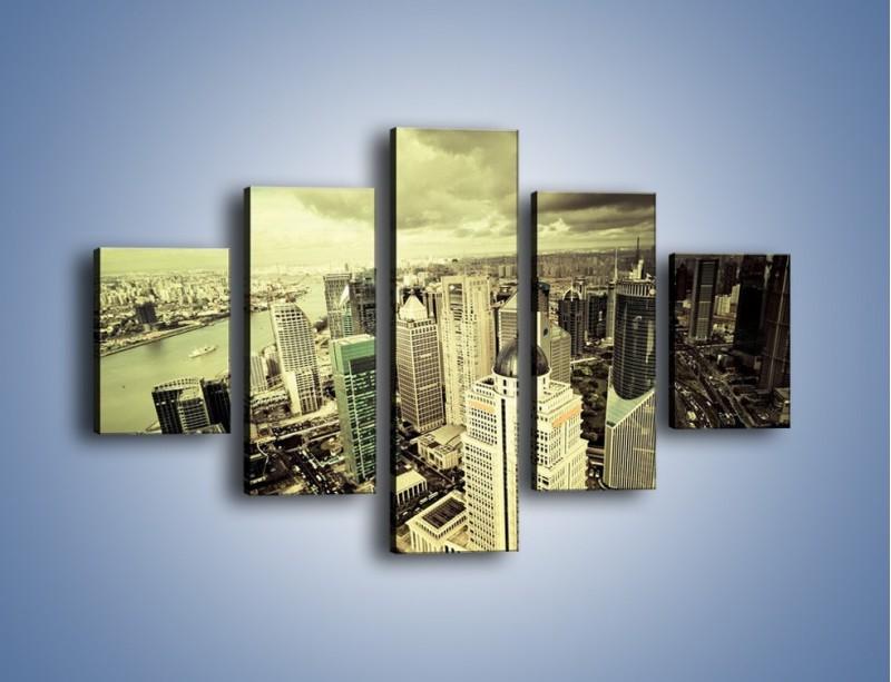 Obraz na płótnie – Ciemne chmury nad miastem – pięcioczęściowy AM130W1