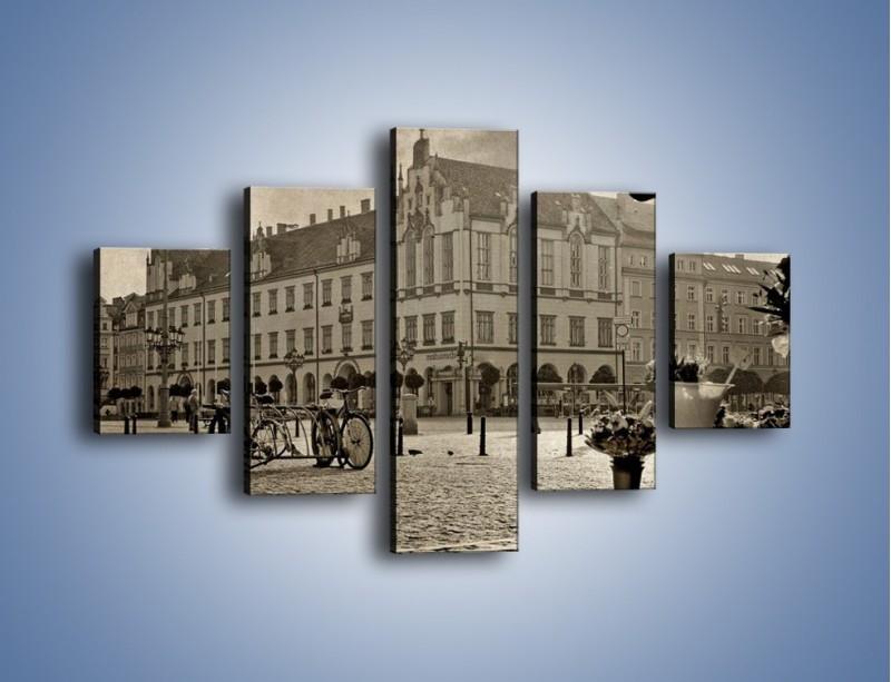 Obraz na płótnie – Rynek Starego Miasta w stylu vintage – pięcioczęściowy AM138W1