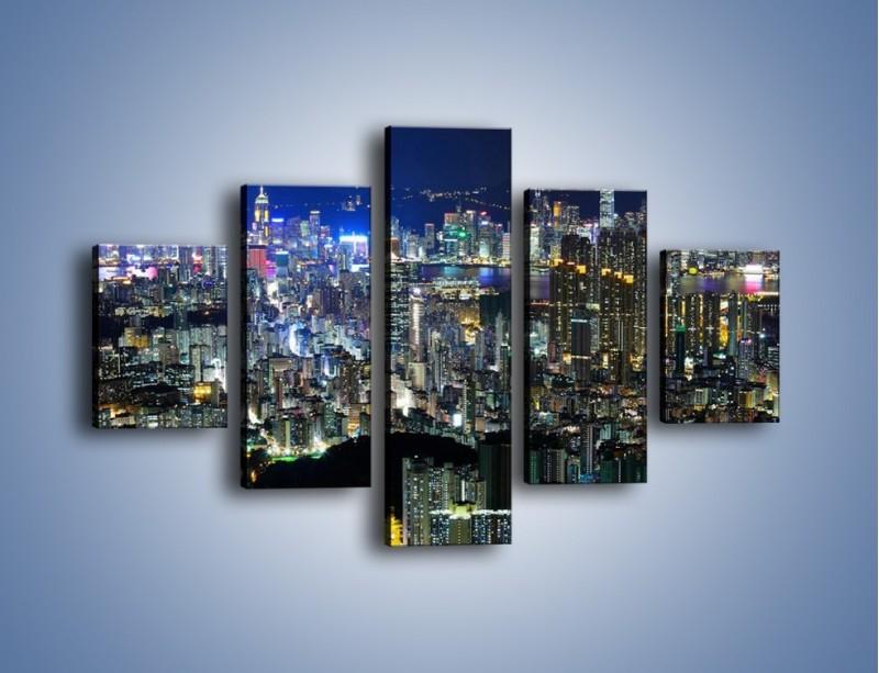 Obraz na płótnie – Nocne światła w dużym mieście – pięcioczęściowy AM144W1