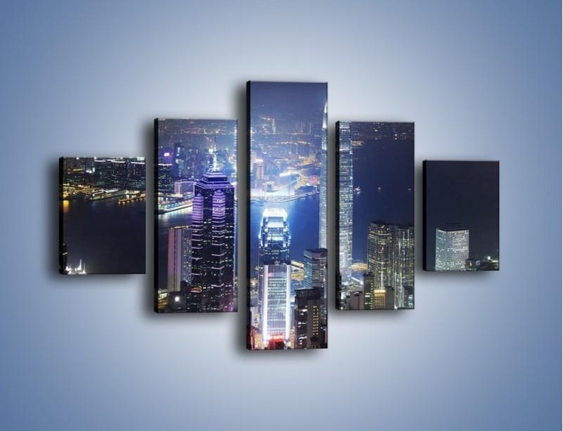 Obraz na płótnie – Miasto oświetlone nocą – pięcioczęściowy AM223W1