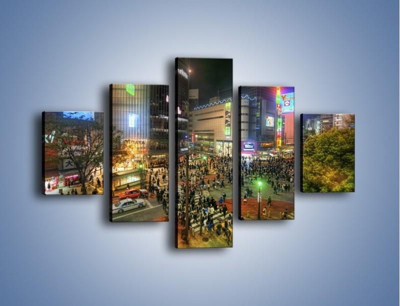 Obraz na płótnie – Zatłoczone ulice Toyko nocą – pięcioczęściowy AM333W1