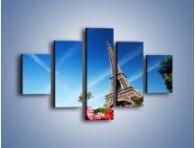 Obraz na płótnie – Wieża Eiffla pod błękitnym niebem – pięcioczęściowy AM379W1