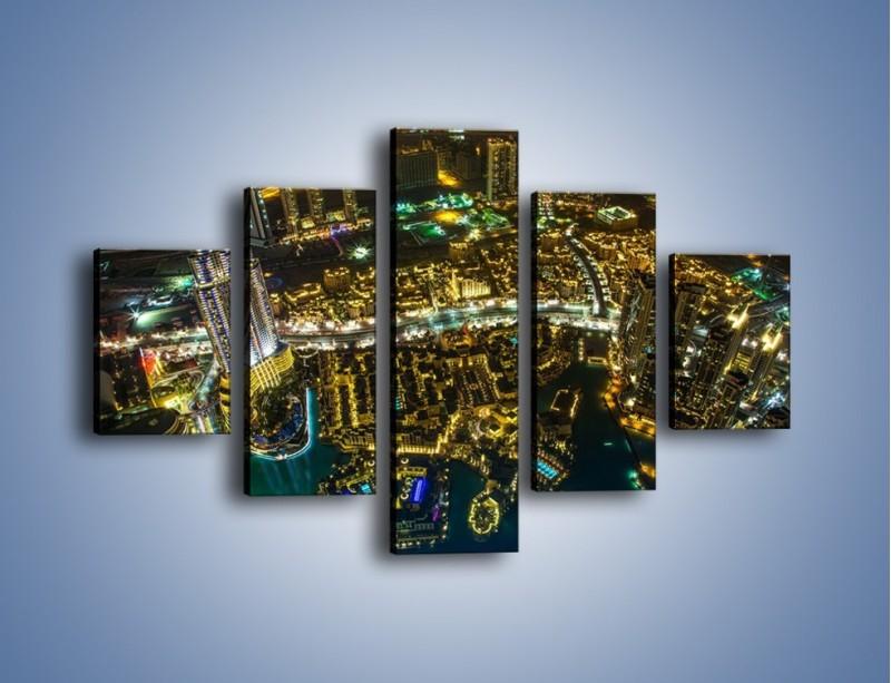 Obraz na płótnie – Dubaj nocą z lotu ptaka – pięcioczęściowy AM507W1