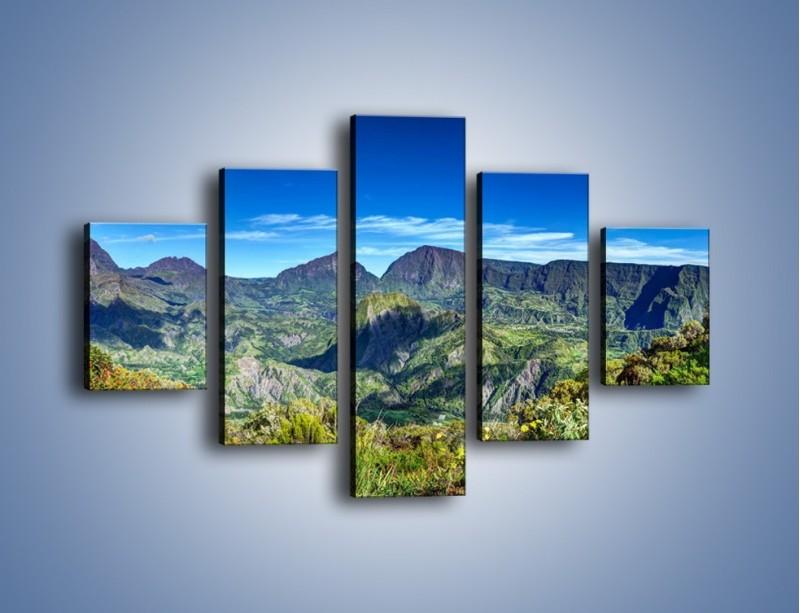 Obraz na płótnie – Zieleń ukryta wysoko w górach – pięcioczęściowy KN1106W1