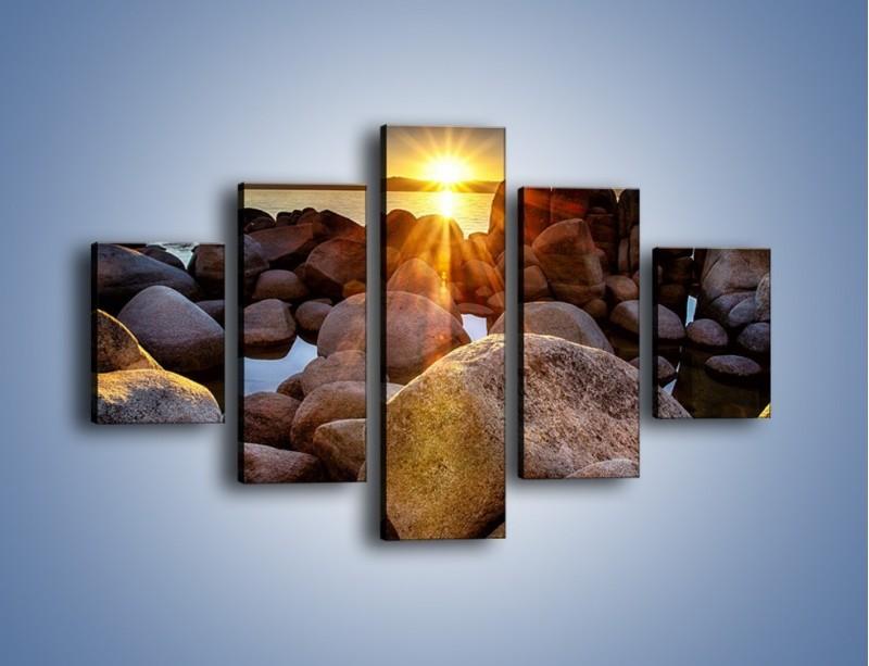 Obraz na płótnie – Kamienna wyspa w słońcu – pięcioczęściowy KN888W1