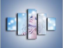 Obraz na płótnie – Biała dama i światełka – pięcioczęściowy L318W1