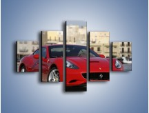 Obraz na płótnie – Czerwone Ferrari California – pięcioczęściowy TM057W1
