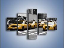 Obraz na płótnie – Amerykańskie taksówki w korku ulicznym – pięcioczęściowy TM219W1