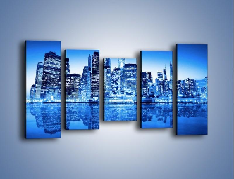Obraz na płótnie – Odbicie miasta w tafli wody – pięcioczęściowy AM004W2