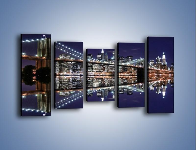 Obraz na płótnie – Most Brookliński w lustrzanym odbiciu wody – pięcioczęściowy AM067W2
