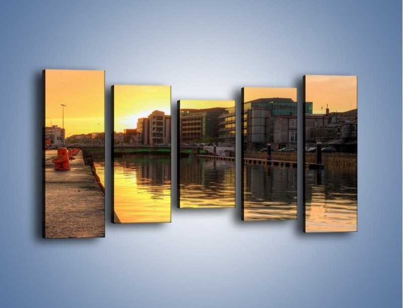 Obraz na płótnie – Kanał portowy o wschodzie słońca – pięcioczęściowy AM079W2