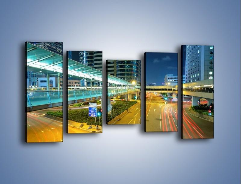 Obraz na płótnie – Droga na lotnisko w Japonii – pięcioczęściowy AM088W2