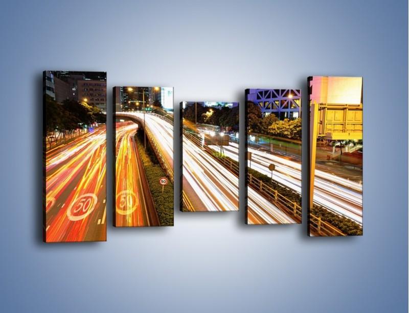 Obraz na płótnie – Ulice w ruchu w mieście – pięcioczęściowy AM089W2
