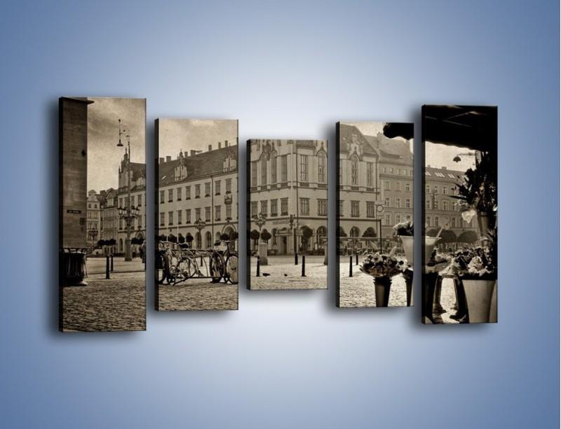 Obraz na płótnie – Rynek Starego Miasta w stylu vintage – pięcioczęściowy AM138W2