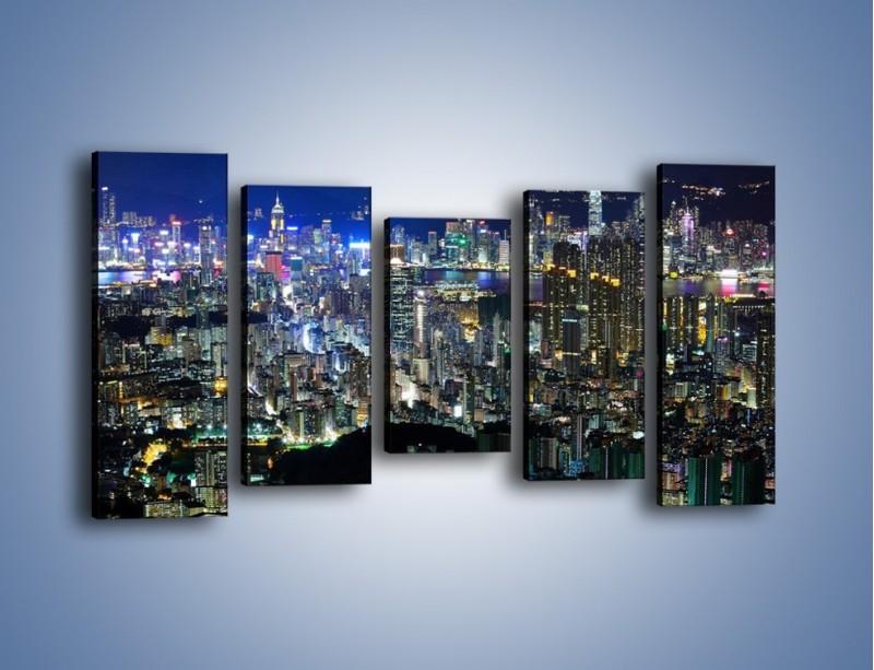 Obraz na płótnie – Nocne światła w dużym mieście – pięcioczęściowy AM144W2