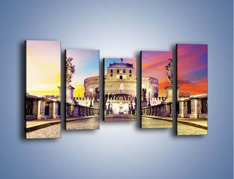 Obraz na płótnie – Zamek św. Anioła na tle kolorowego nieba – pięcioczęściowy AM156W2