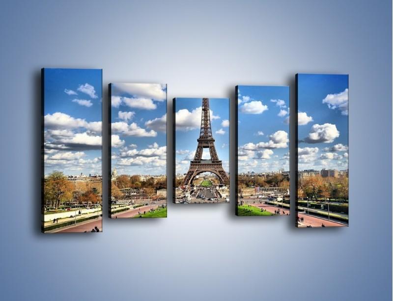 Obraz na płótnie – Wieża Eiffla w pochmurny dzień – pięcioczęściowy AM227W2