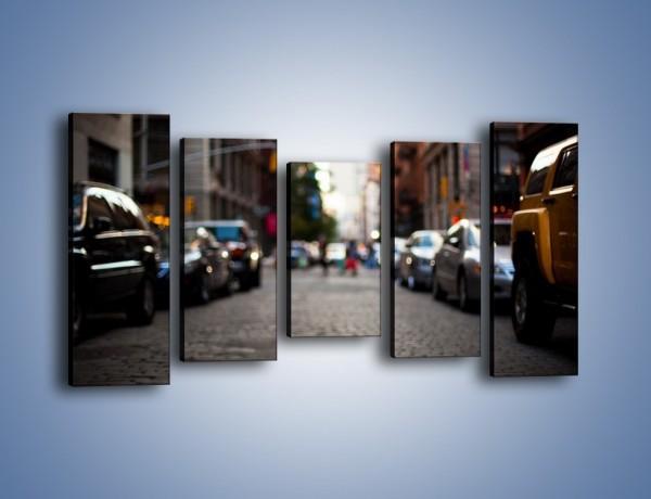 Obraz na płótnie – Rozmyty świat centrum miasta – pięcioczęściowy AM367W2