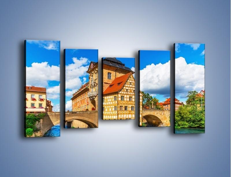 Obraz na płótnie – Ratusz w mieście Bamberg – pięcioczęściowy AM513W2