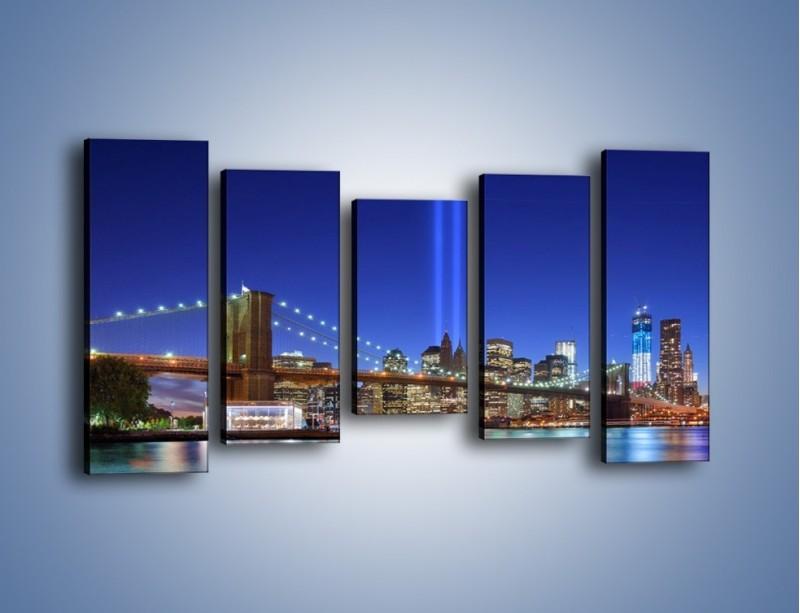Obraz na płótnie – Świetlne kolumny w Nowym Jorku – pięcioczęściowy AM757W2