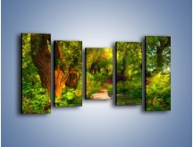 Obraz na płótnie – Drewniana kładka przez las – pięcioczęściowy GR007W2